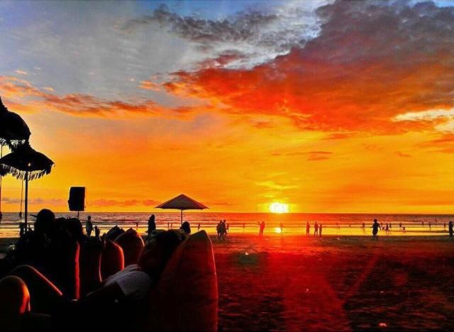 Glorious Sunset Bali Double Six Beach