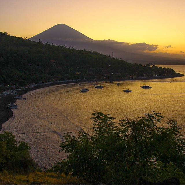 Amed Diving Sunset